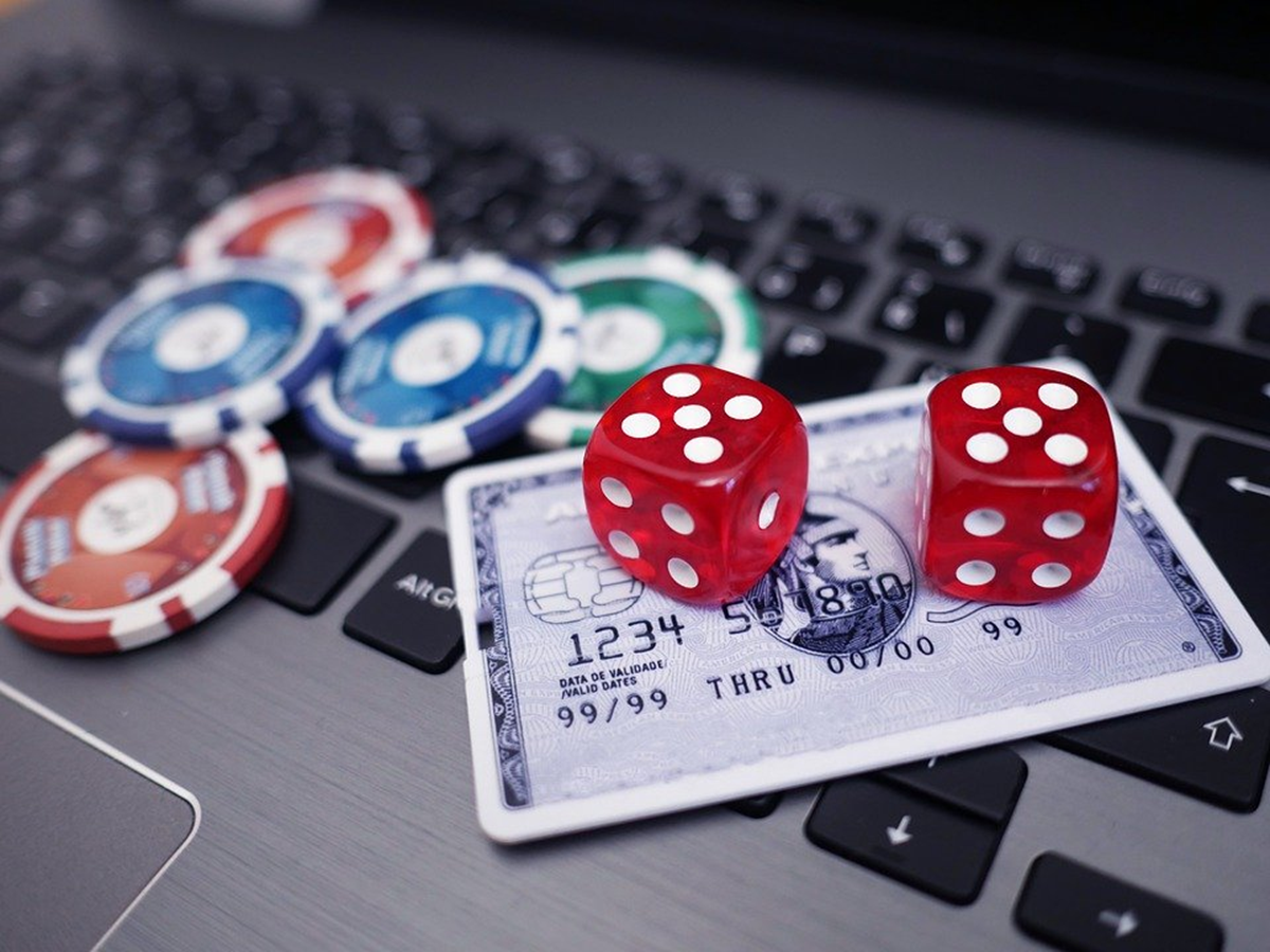 Fear Less: What to Know Before Joining Online Casinos